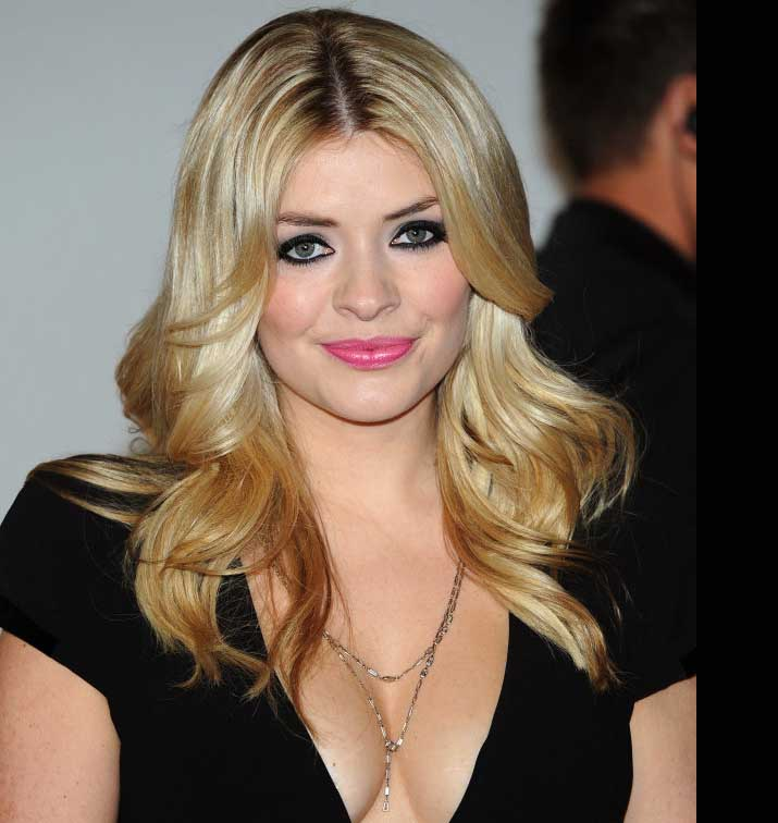 Holly Willoughby Bio Birthday Height Weight Boyfriend Husband Dating Affair Married Net Worth Ethnicity Fact Career Full Details