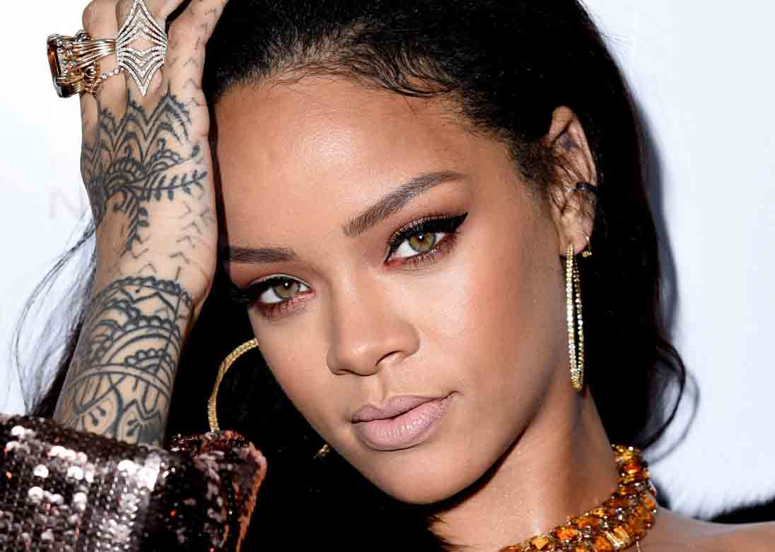 biography of rihanna Rihanna is a young, hot and successful r&b singer who hails from the caribbean island of barbados she is an artist signed to def jam.