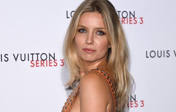 Annabelle Wallis Bio Net Worth Height Boyfriend Body Affair