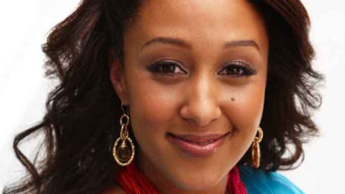 Tamera Mowry - biography with personal life, married and ...