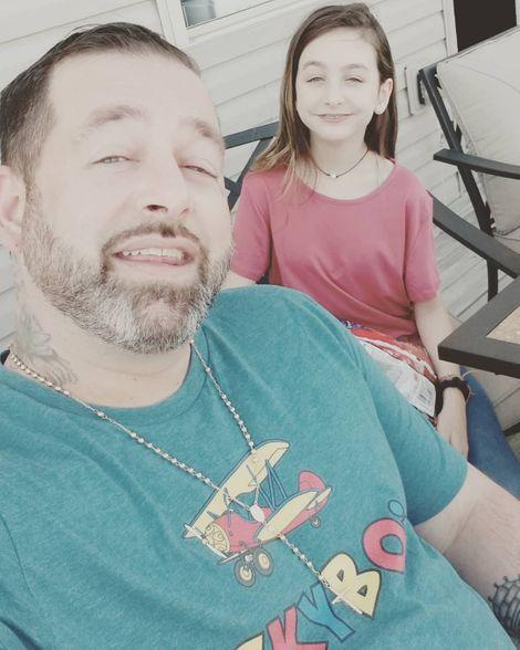 Amiri King and his daughter