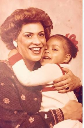Sheinelle Jones' and her mother