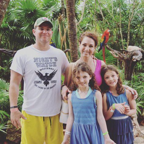 Shiri Spear with her husband & children