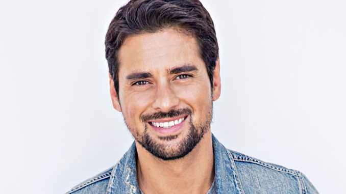 j r ramirez s biography with net worth personal life married and
