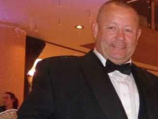 Douglas Barr