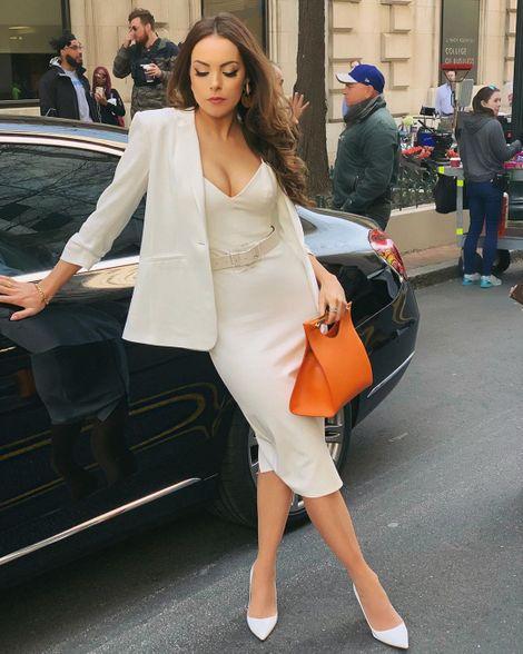 Elizabeth Gillies enjoys a lavish lifestyle