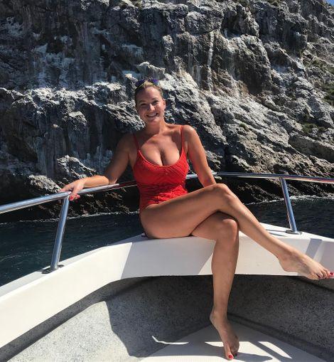 The body figure of Hannah Ferrier