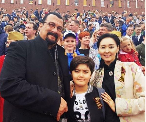 Erdenetuya Seagal with her son & husband