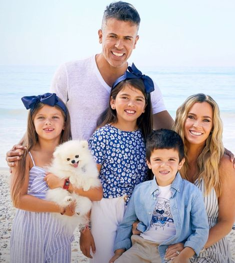 Victoria Granucci's daughter is a married and shares three children with her husband