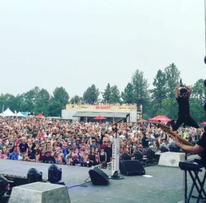 Kelly-Lynn posts about her show in Oregon
