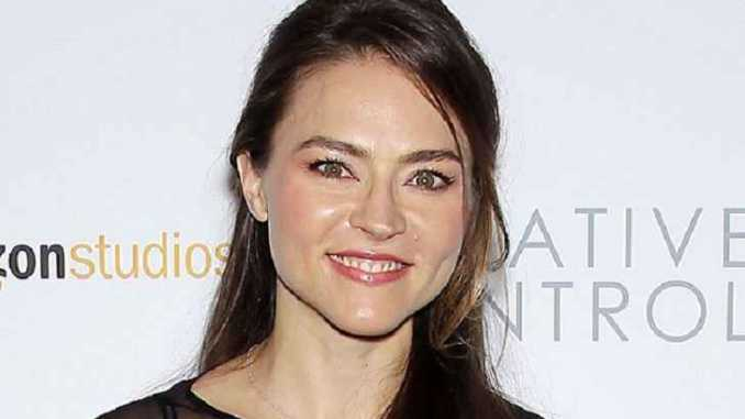 Trieste Kelly Dunn Bio, Net Worth, Height, Affairs, Boyfriend & Siblings