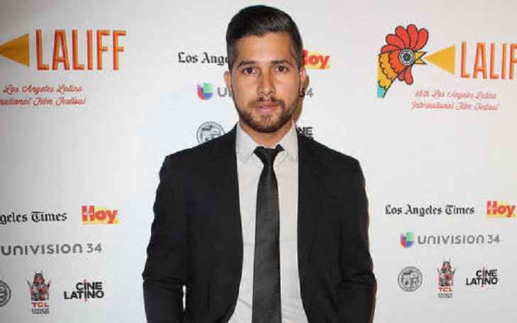 Walter Perez Age, Salary, Net Worth, Married, Wife
