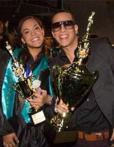 Yamilet Ayala with her fathe in a award function, Daddy Yankee