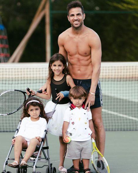 Daniella Semaan's husband with three kids