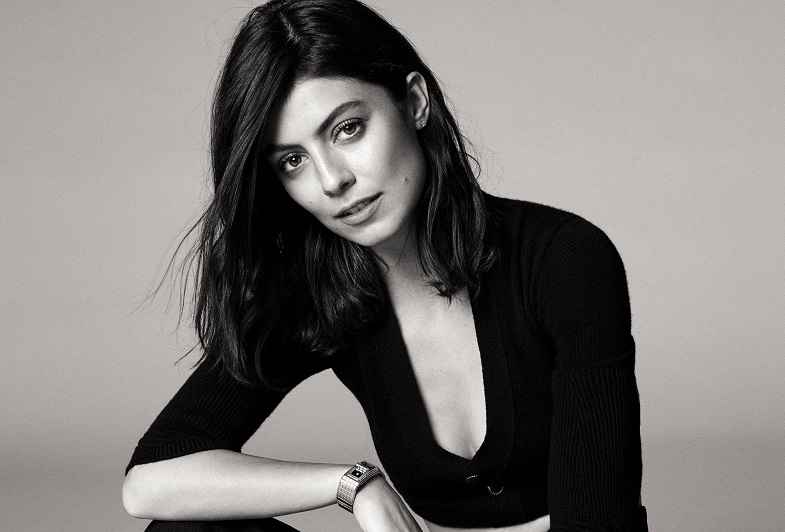 Alessandra Mastronardi Net Worth, Husband, Height & Age