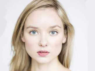Alexandra Dowling Wiki, Boyfriend, Age, Height & Net Worth