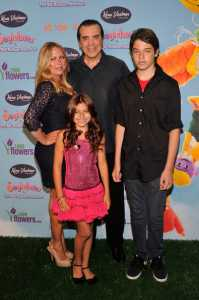 Gianna Ranaudo, with her Husband, Chazz Palminteri & their Children