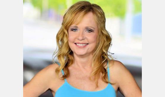 Linnea Quigley actress