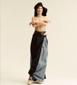 The body figure of Aomi Muyock