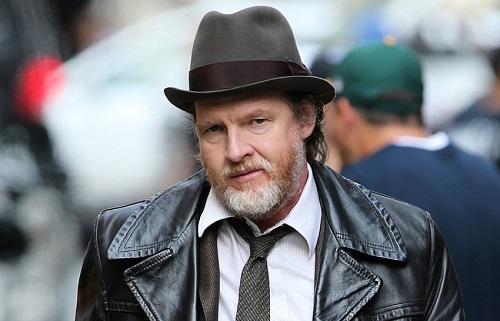 An actor Donal Logue image