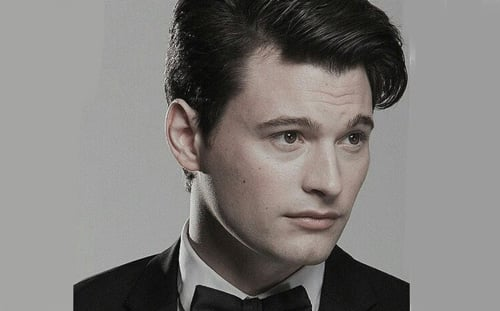 Bryan Dechart Height, Age, Wiki, Bio, Net Worth, Married, Wife & Children