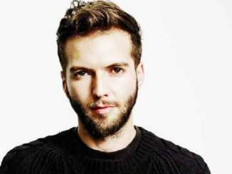 Guy Burnet Net Worth, Married, Height, Age, Wiki, Bio