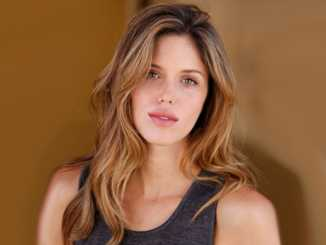 Kayla Ewell Bio, Wiki, Net Worth, Married, Husband & Children