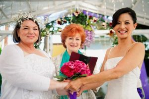 Mindy Cohn Married