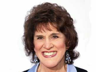 Actress Ruth Buzzi picture