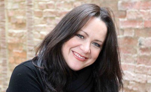 Image of an actress Amy Robbins