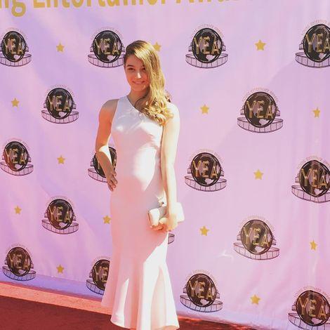 Stephanie Katherine at an award fuction