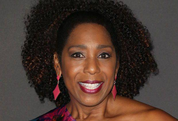 Dawnn Lewis Height, Net Worth, Bio, Divorce, izombie