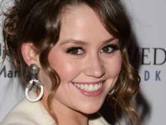 Jane Erin Carrey Bio, Wiki, Net Worth, Married, Age, Mother, House, Husband