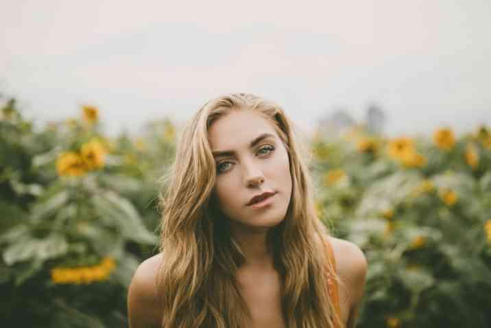 Jessica Sipos Bio, Wiki, Net Worth, Wedding, Age, Height
