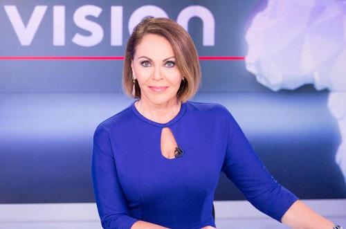 Photo of a journalist María Elena Salinas