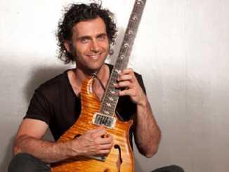 Guitarist Dweezil Zappa image