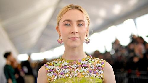 Image of an actress Saoirse Ronan