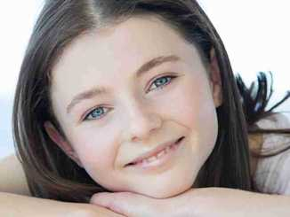 Thomasin McKenzie Net Worth, Wiki, Age, Height, Boyfriend, Married