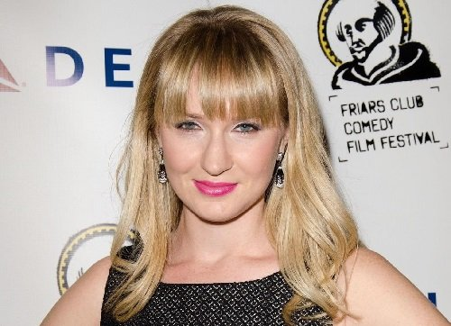 Image of an actress Halley Feiffer