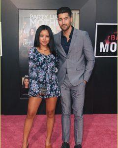 Jeff with his girlfriend Cierra