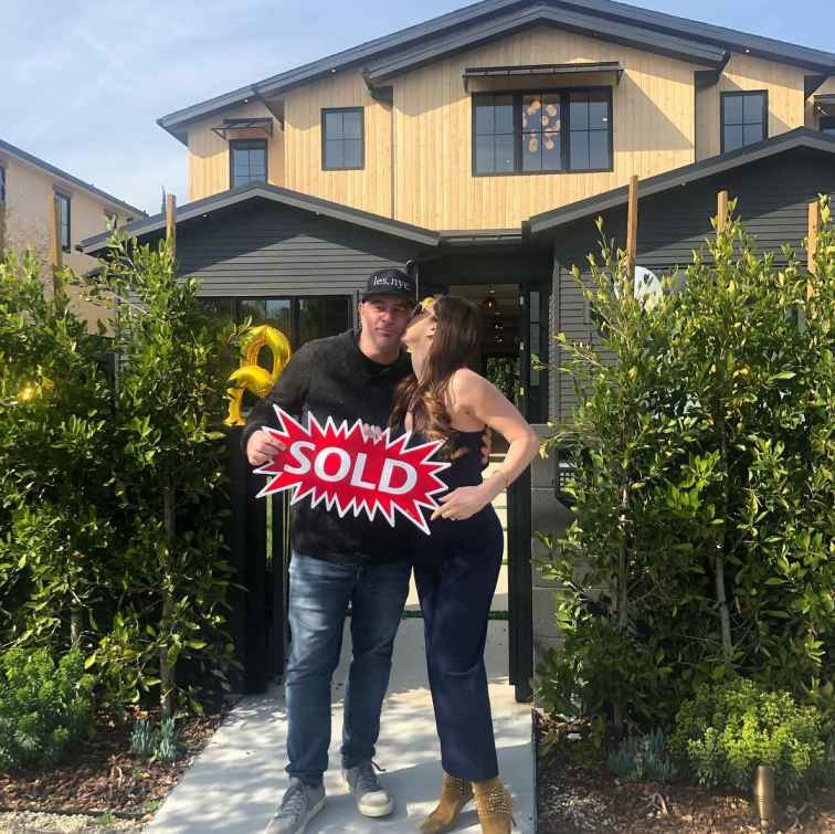 Chris Santos bought a house in 2019
