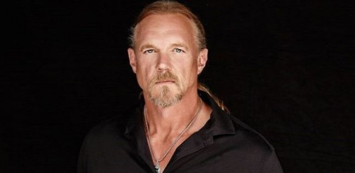 Trace Adkins Bio, Wiki, Net Worth, Salary, Age, Height, Married & Wife