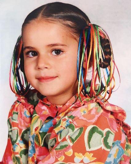 Childhood photo of Tessa Ia.