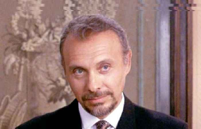 Héctor Elizondo Married, Spouse, Childen, Net Worth, Bio, Height