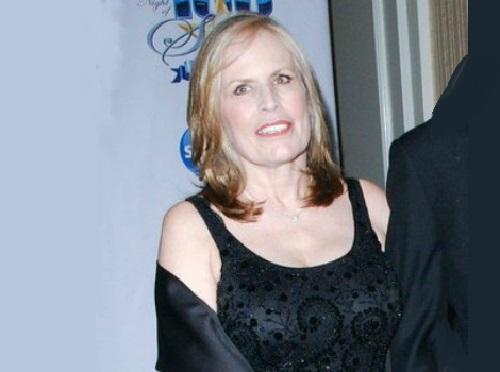 Photo of an actress Teddi Siddall