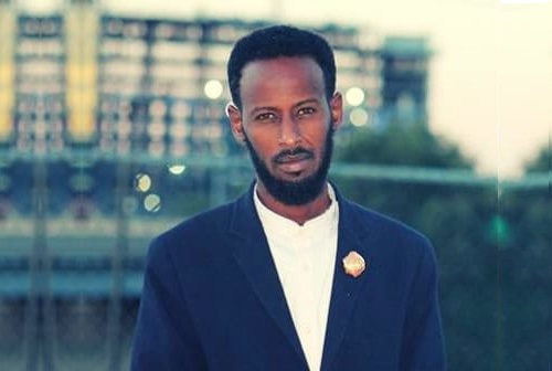 Ahmed Hirsi Bio, Net Worth, Age, Height, & Wife
