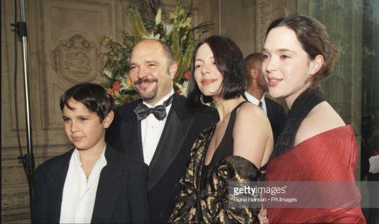 Carolyn Choa family