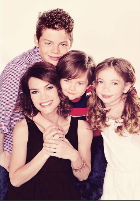 Rebecca Herbst with her kids.
