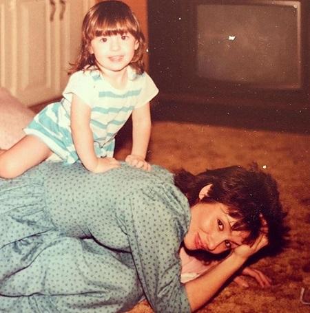 Janis Oliver and her daughter Jennifer Jerene Gill