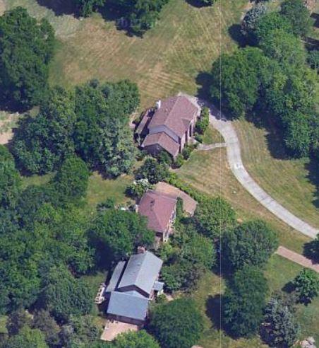 Vince Gills house,